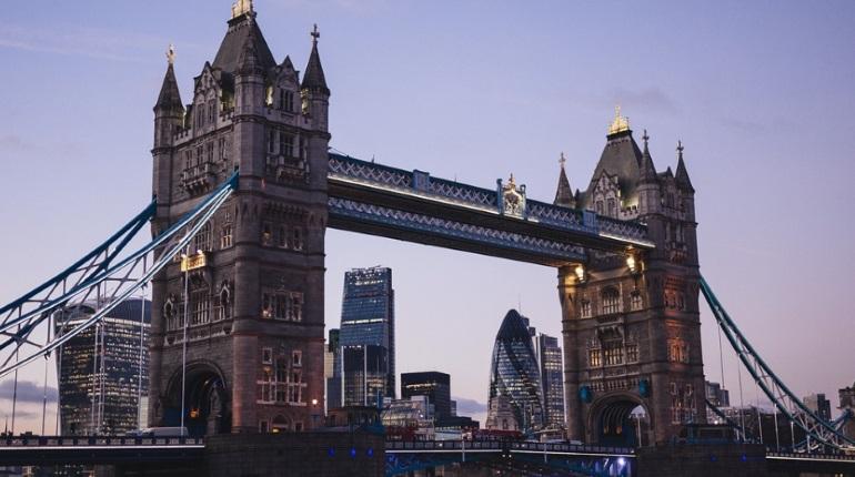 Посольство проверяет, пострадали россияне от террориста в Лондоне
