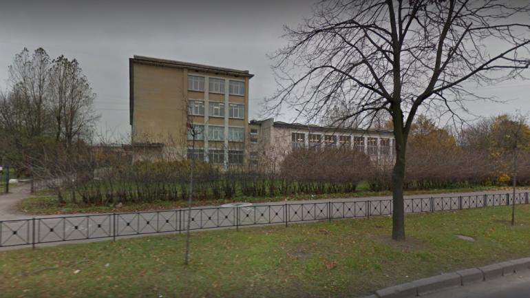 Роспотребнадзор: пятеро детей заболели сальмонеллезом в школе в Купчино