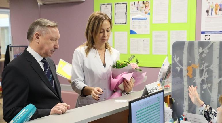 Беглов пообещал каждому личный электронный медкабинет