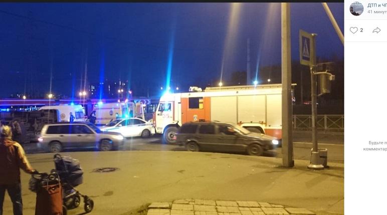 Митянина: пострадавших в ДТП на Десантников доставили в три больницы