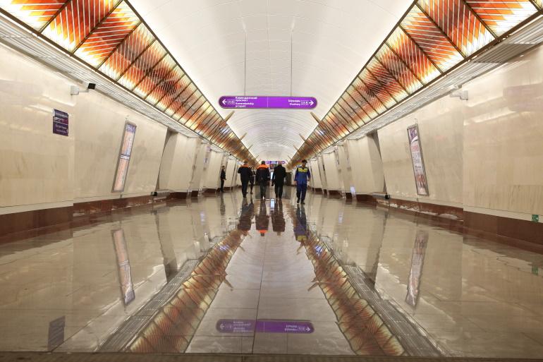 Беглов объяснил протечки на новых станциях метро особенностями грунтов
