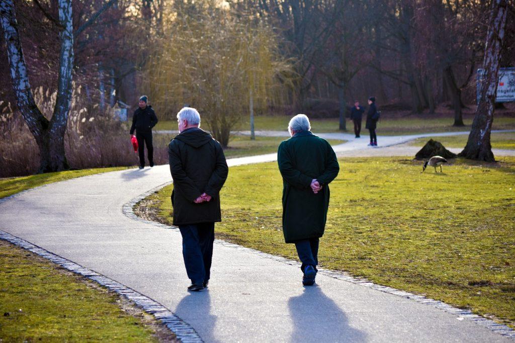 В Петербурге продолжительность жизни хотят увеличить до 78 лет