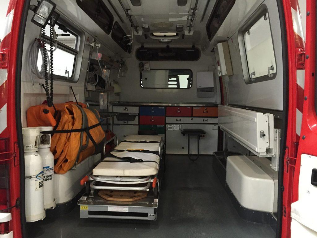 В Ленобласти иномарка улетела в кювет — погибли три человека