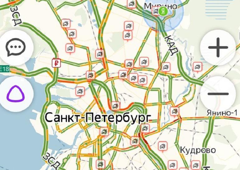 Петербуржцы отметили «день жестянщика» в пробках: заторы вызвали ДТП и гололёд