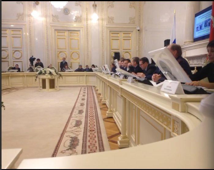 Депутаты ЗакСа Петербурга предложили штрафовать за продажу «бестабачных снюсов»