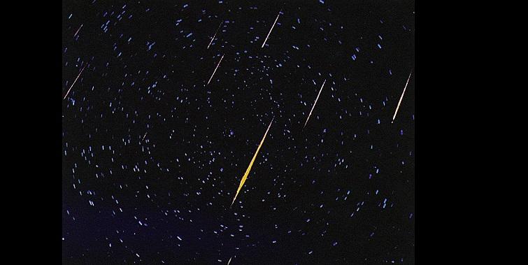 Россияне смогут наблюдать звездопад Урсиды в самую длинную ночь года