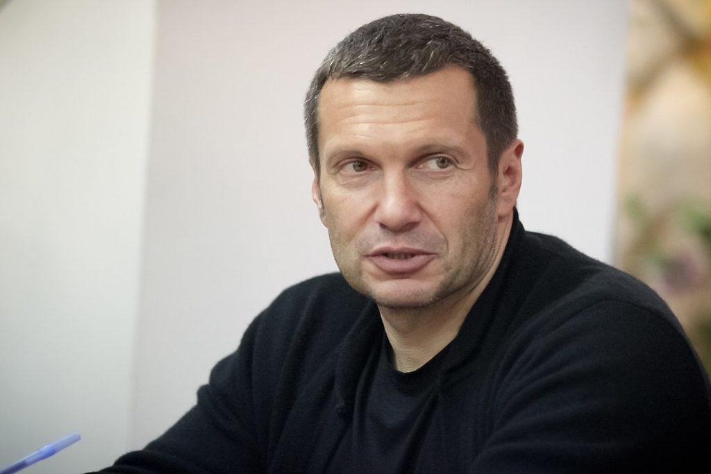 Комик Мусагалиев жестко высмеял Соловьева за «привычку» унижать людей