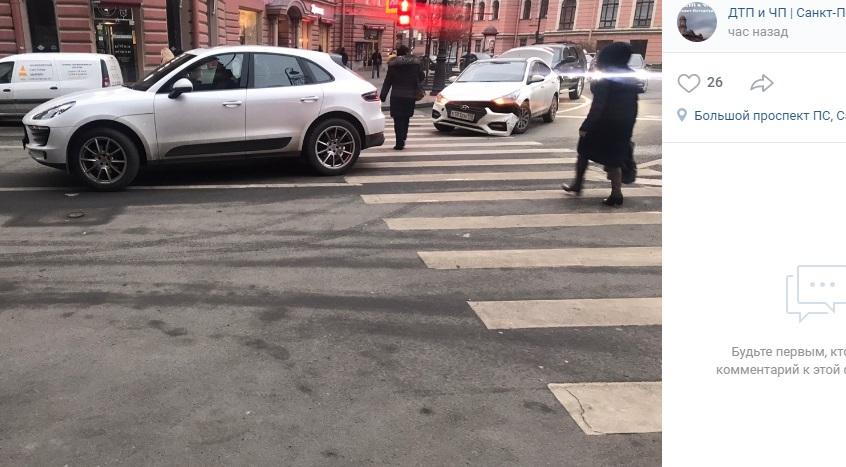 На Льва Толстого разбились Porsche и Hyundai