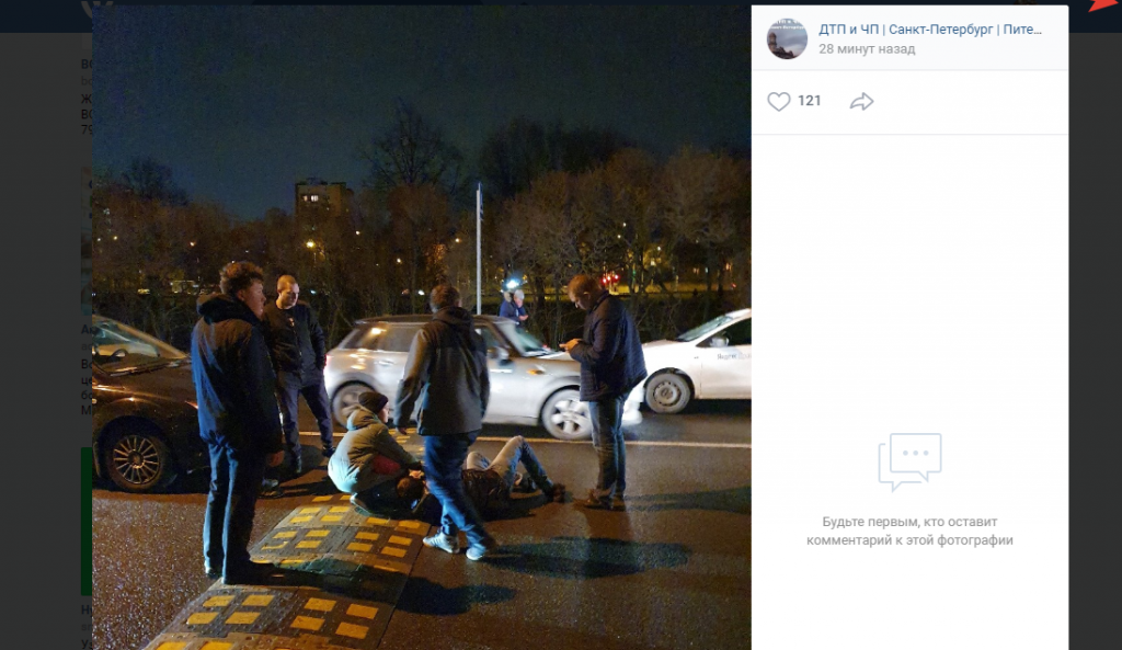 Очевидцы: «Яндекс.Такси» сбил мужчину с дочкой на проспекте Стачек