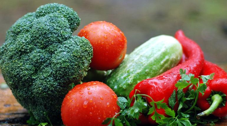Ученые назвали продукты, способствующие долголетию