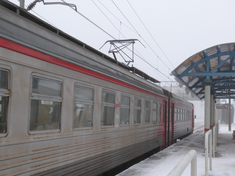 В Зеленогорске на железнодорожных путях нашли труп без головы