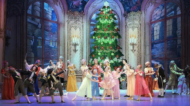 Мариинский театр отмечает 20-летие «Щелкунчика» в постановке Михаила Шемякина
