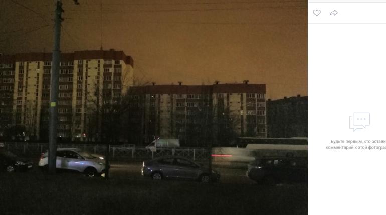 Обесточенным домам в Приморском районе вернули свет