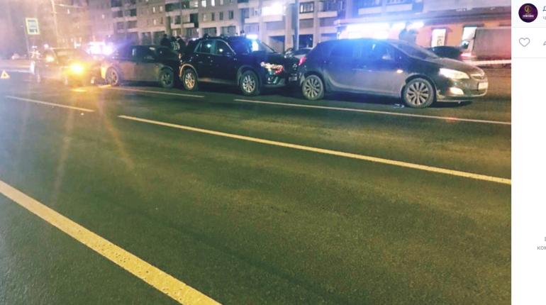 Семимесячный ребенок пострадал в ДТП с «паровозиком» на Просвещения