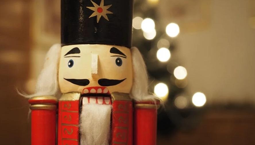Гимн Рождеству и елка в «Чаплин-холле»: куда сходить в пятницу, 3 января