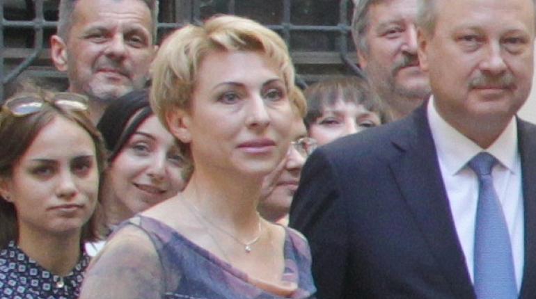 Издатель газеты правительства Петербурга «Петроцентр» начал грозить СМИ
