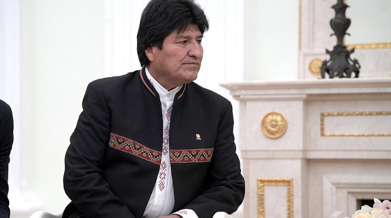 Президент Боливии подал в отставку