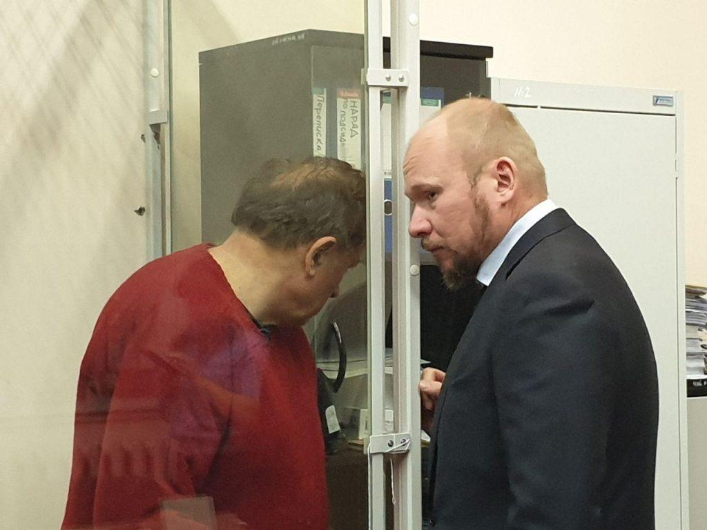 Доценту Соколову пытаются спасти рассудок