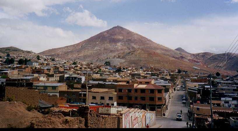 Петербуржцам не рекомендуют лететь в Боливию из-за беспорядков