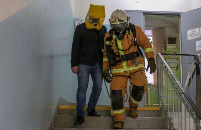 В университете имени Мечникова спасали заложников огня — понарошку