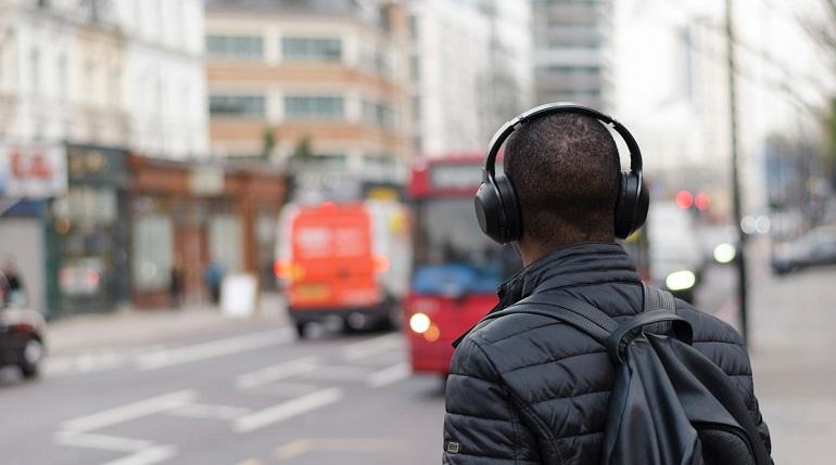 Слушатели назвали песни, которые ненадоедают