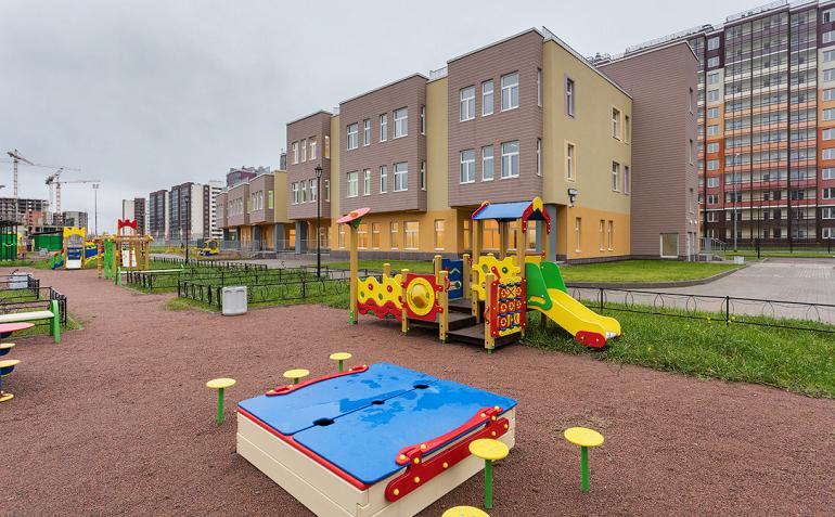 В «Солнечном городе» строят пятый детский сад на 220 мест