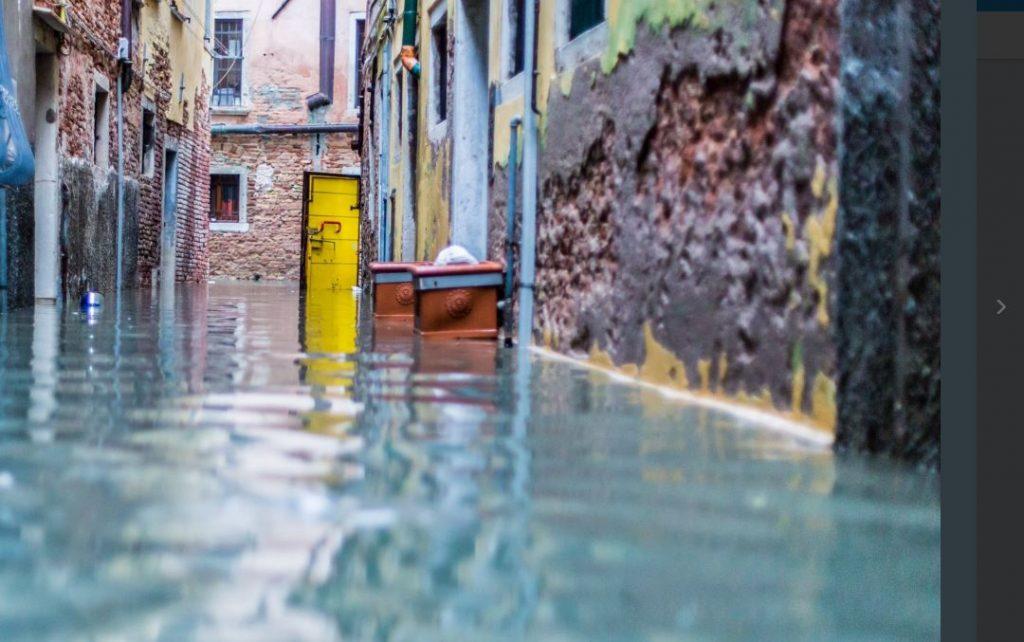 Апокалиптическое наводнение в Венеции в 10 фото