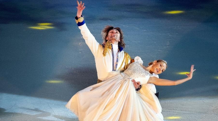 В Петербурге стартовали показы ледового спектакля «Золушка»