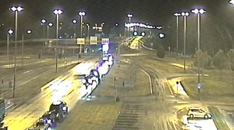 Петербуржцы застряли на границе после новогоднего шоппинга в Финляндии