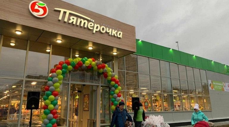 Отравленного веществами маргинала забрали из «Пятерочки» в Петербурге