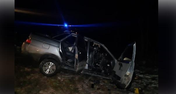 Сотрудники МЧС спасли человека после ДТП в Бокситогорском районе