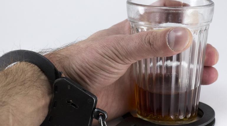 В Петербурге стали чаще умирать от алкогольного отравления