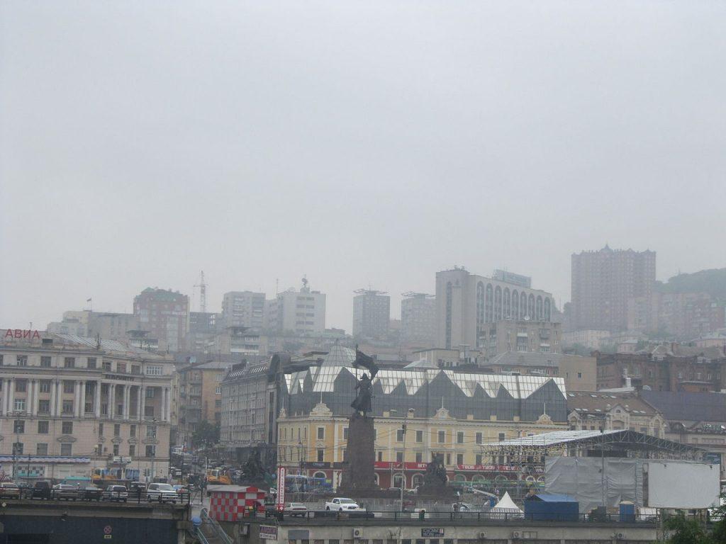 Отчет петербургской компании грозит Владивостоку транспортным коллапсом