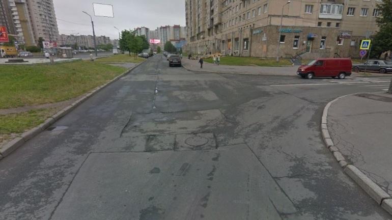 На Васильевском острове и на Косыгина продлили ограничения движения