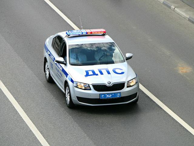 Уходящего от погони водителя Hyundai на Комендантском остановил бордюр