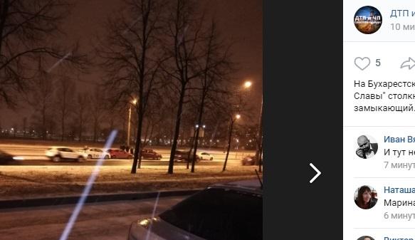 У «Проспекта Славы» появился автопаровоз: Uber — замыкающий