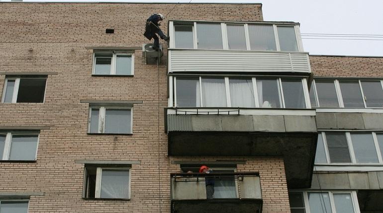 «Мойка78» рассказывает, как легально застеклить балкон в Петербурге и не получить штраф