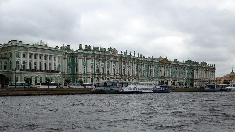 День Эрмитажа ограничит движение в центре Петербурга до 8 декабря