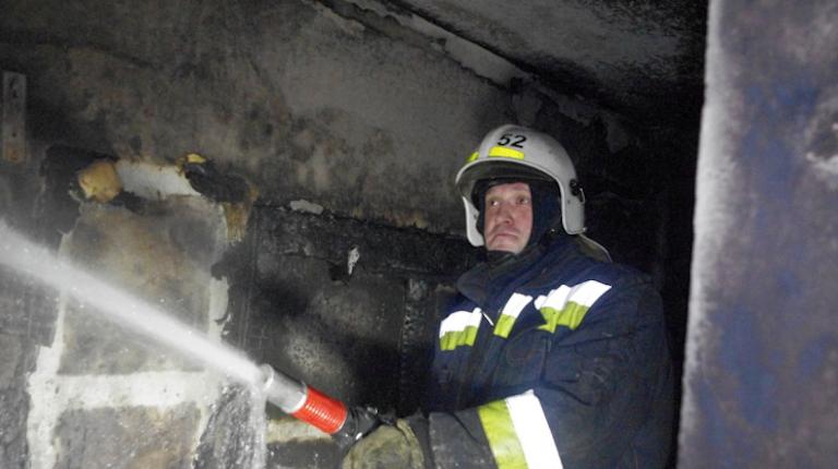 Взрыв произошел на территории экс-завода «Светлана». Эвакуированы 30 человек