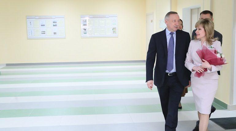 Беглов открыл новую школу на Маршала Казакова