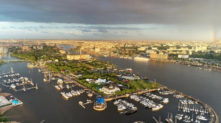 Почему на территории речного яхт-клуба не разбивают парк