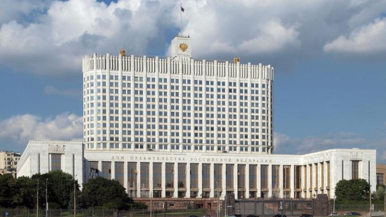 Правительство предложило продлить нерабочую неделю в России