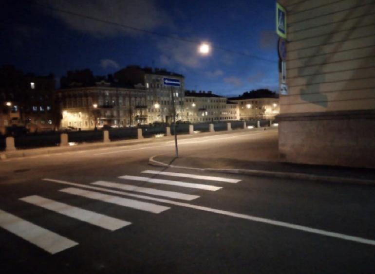 Переходить Дерптский переулок к Фонтанке стало безопаснее
