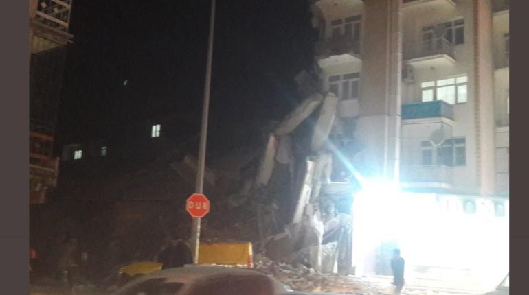 18 человек стали жертвами землетрясения в Турции