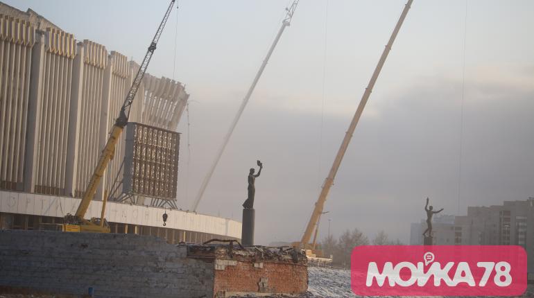 Госстройнадзор Петербурга не видел проект сноса СКК