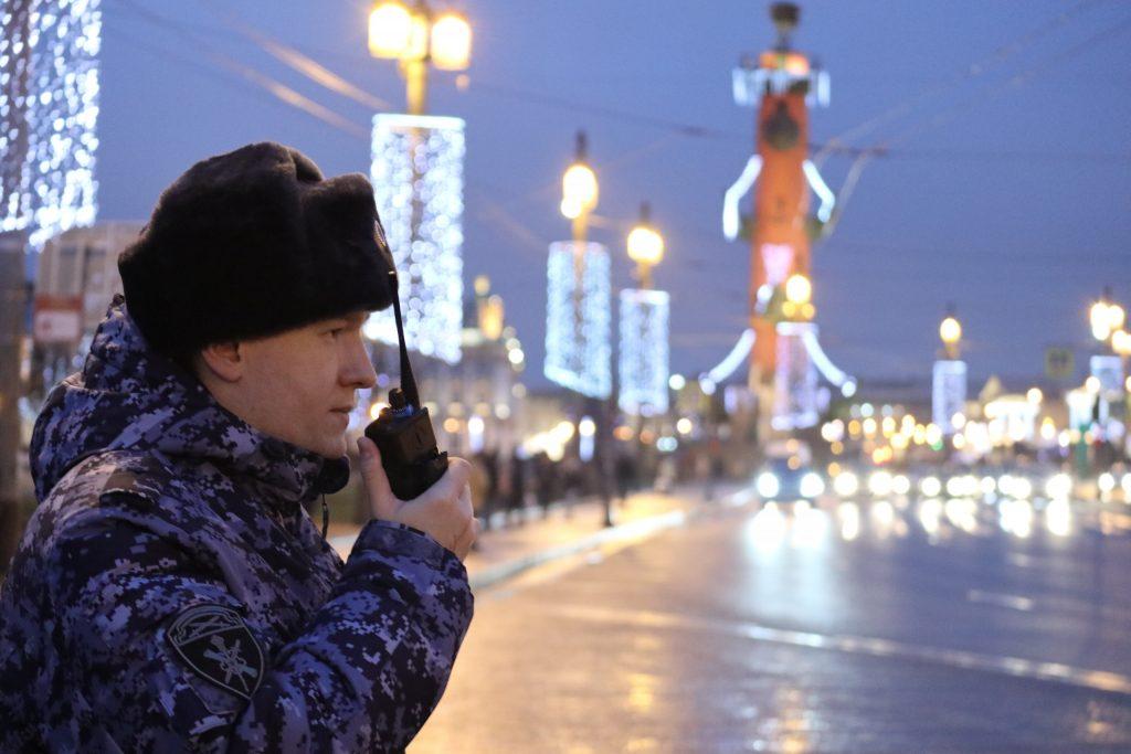 Убийства, пожары от петард, погони и перестрелки: как петербуржцы провели новогодние праздники