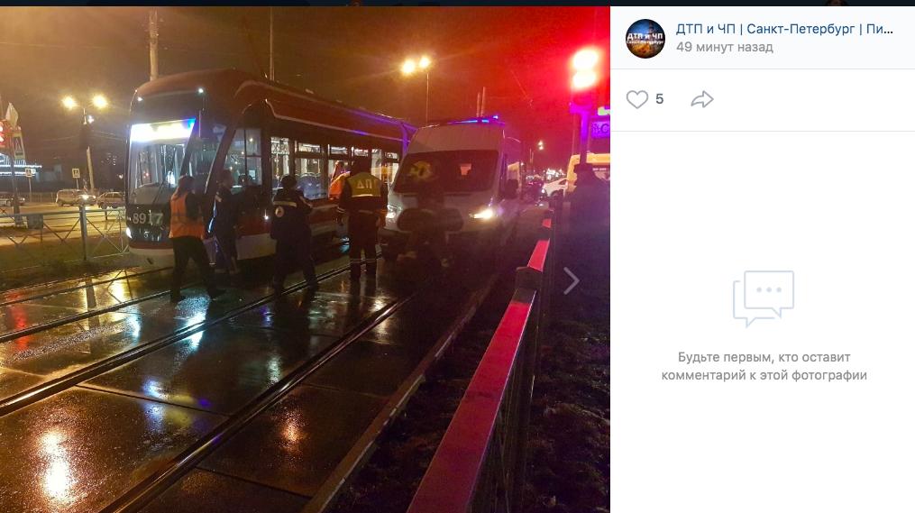 Погибшая под трамваем на Доблести пенсионерка перебегала дорогу на красный