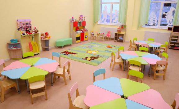 В детских садах и школах запретили проводить массовые мероприятия