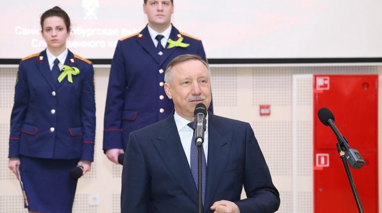 Беглов отметил дефицит противовирусных препаратов в Петербурге