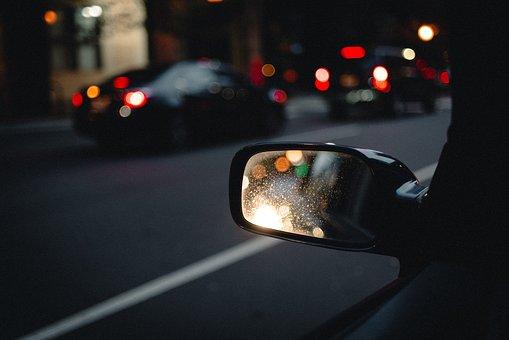 Крупнейшие автодилеры Петербурга увеличили долю рынка — она выросла до 82,6%